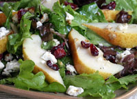 Mixed Greens with Pear, Feta and Pecans