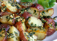 Rosted Red Potatoes with Garlic and Thyme
